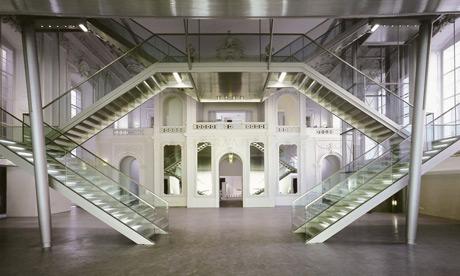 Innenaufnahme von der Kunsthalle und Veranstaltungshalle E+G