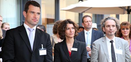 (v.l.n.r.) Dr. Michael Ilgner - Vorstandsvorsitzender der Stiftung Deutsche Sporthilfe, Carolina Cordes - Direktorin Lindner Hotel & Sports Academy und Prof. Bernhard Franken bei der Eröffnung am 19.09.2011