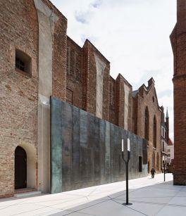 Burgkloster: Seitenkapellen der ehemaligen Klosterkirche