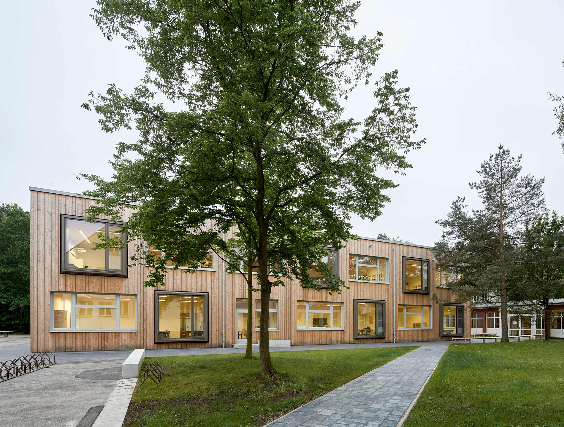 Die neuen Anbauten sind reine Holzbauten ...