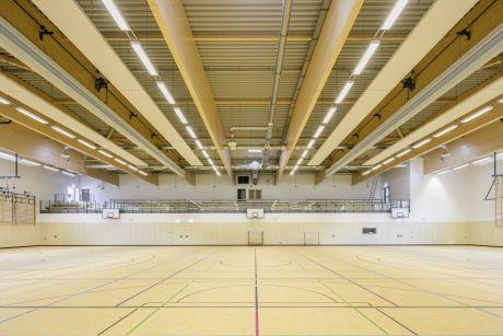 Sporthalle: Die Sporthalle wird auch für Veranstaltungen genutzt.