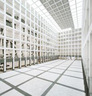 Blick in das Atrium, Fotografie: Obst & Schmieding