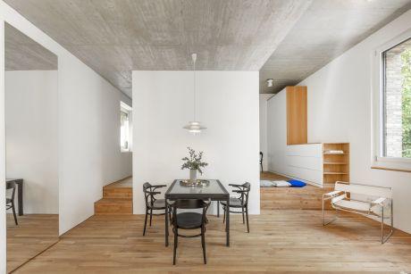 Wohnung, Patricia Parinejad